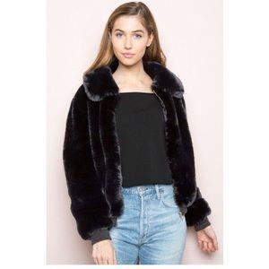 Brandy Melville black Georgina jacket 🖤🖤🖤